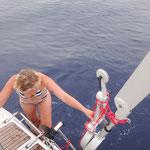 mutiger Versuch bei über 4000 Meter Wassertiefe. Flautenbaden