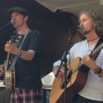 Maurice Brox am Banjo und Prince York ander Gitarre