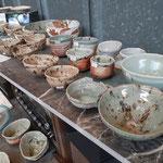 明知町の陶芸作家 安藤氏の作品も多数展示販売中です