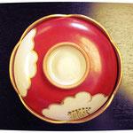 紅白椿紋蓋付煮物碗