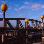 LONDON (1988)