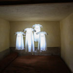 GLOWING SHIRTS - Alloway, Burns Cottage (Photography by Claudia Schweizer)