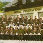 Mannschaftsfoto zum 100jährigen Jubiläum 2002