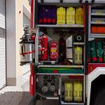 Gr. 6 mit Schadstoffausrüstung, Schaum Zubehör, Feuerlöscher, Schlauchpaket 30m