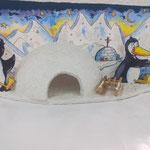 Super Idee fürs Kinderzimmer ;-) Liebevoll gestaltete 3D Bilder! Länge: 60cm, Höhe: 20cm, Tiefe ca: 10cm Preis: Fr 65.00