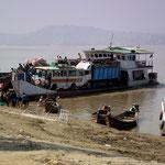 Flusshafen am Irrawaddy