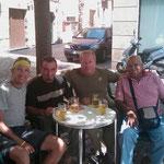 """16.08.2009: Bier zusammen mit 2 Rumänen und einem Peruaner in """"Logroño"""""""
