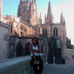 21.08.2009: Johanna vor der Kathedrale in Burgos