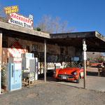 """Der """"Hackberry General Store"""" - ein wahres Museum und herrliches Fotomotiv."""