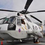 Auch ein paar Helikopter waren auf dem Oberdeck ausgestellt.