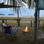 Nicht nur in Kanada kann man Feuer machen, das passt auch in Costa Rica.