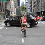 In NY gelten offenbar fast keine Verkehrsregeln.