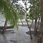 Doch das Wetter spielte nicht mit, innert Kürze war der Strand überflutet und die Ticos wieder verschwunden.