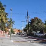 """Die """"Hauptstrasse"""" von Los Barriles."""
