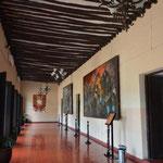 Angi schaute sich auch die Murales (Wandmalereien) im Palacio Municipal an, welche die Geschichte der Stadt dokumentieren.
