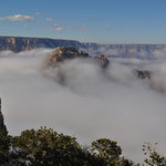 Der Nebel zaubert eine eindrückliche und mystische Stimmung in den Canyon.