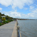 Charleston verfügt über eine lange Promenade, welche sich bestens zum Spazieren eignet.