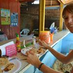 Die Pupusas schmecken lecker und sind günstig.