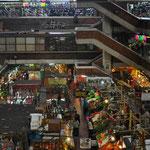 """Der riesige Mercado Libertad """"San Juan de Dios""""."""