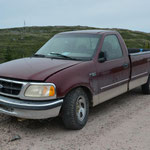 Dieser Truck hatte Pannen-Pech und blieb auf dem Labrador Highway liegen.