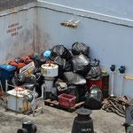 """Die """"Müllecke"""" auf dem Schiff."""
