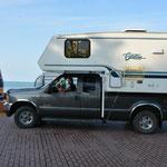 """Truck-Camper trifft auf den (fast) """"Southernmost Point""""."""