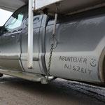 Der Abenteuer-Auszeit-Ford F350 auf dem Labrador Highway.