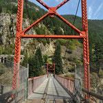Zurück über die Brücke und zurück zum Camper, den wir schweissgebadet erreichten...