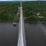 """""""Blick auf die Brücke aus dem Brückenpfeiler"""""""