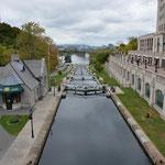 Hier mündet der Rideau-Kanal in den Ottawa-Fluss.