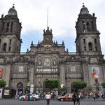 Catedral Metropolitana, die grösste und älteste Kathedrale des amerikanischen Kontinents.