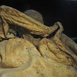 Diese Frau, so vermutet man, war versehentlich lebendig begraben worden.