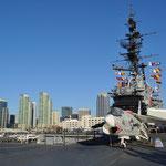 Ausblick vom Flugzeugdeck der USS Midway.
