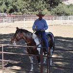 """Bill führte durch die """"Show"""" und war mit seinem Pferd und Hund selber Teil davon (siehe nächstes Bild)."""