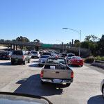 Stau und mehrspurige Highways in San Diego. Man gewöhnt sich schnell an diese Dimensionen.