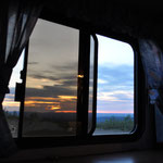 Mitternachts-Aussicht vom Schlafzimmer aus in die Weite Kanadas.