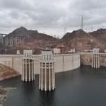 Eindrücklicher und viel besuchter Hoover Dam.