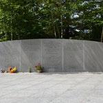 Alle Namen der Opfer füllen eine ganze Wand aus.