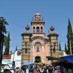 Sämtliche Kirchen sind rund um die Ostertage sehr begehrt und gut besucht.