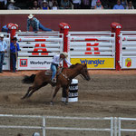 Barrel Racing der Frauen