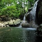 Agua Caliente - heisses Wasser fliesst über die Felsen in einen kühleren Pool. Super!
