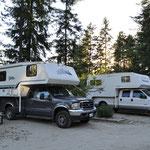 """Die """"Schweizer-Ecke"""" - im weissen Truck ist ein Schweizer für 4 Monate unterwegs."""