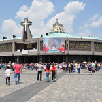 Die Basílica de Nuestra Señora de Guadalupe mit ihrem ziemlich modernen Erscheinungsbild.