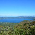 Auf dem Weg zum Cerro Verde hat man einen tollen Ausblick auf den Lago de Coatepeque.