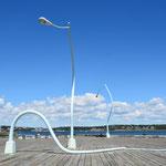Kunst an der Pier - das gefällt mal ausnahmsweise.