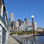 Sicht auf Seattle vom Aquarium aus.