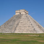 Die Kukulkán-Pyramide, ein beeindruckendes Bauwerk.