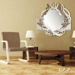 Specchiera Shabby Chic </br> Colore: panna - decoro marrone shabby </br> Codice: SI-225-SP | Misura: 90x90 cm
