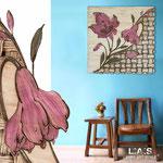 Quadri Floreali </br> Colore: panna - marrone invecchiato - decoro fiore porpora violetto </br> Codice: SI-075Q | Misura: 90x90 cm