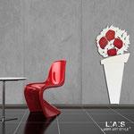 Vasi </br> Colore: vaso bianco - decoro fiore bianco rosso </br> Codice: SI-182-B | Misura: 56x127 cm